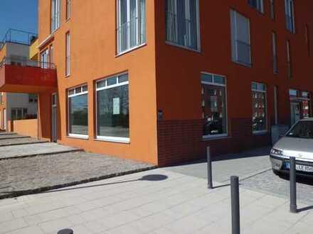 Ladenlokal / Büro- & Praxisflächen zu vermieten