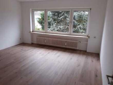 helle 3-Zimmerwhg mit Balkon und Garten