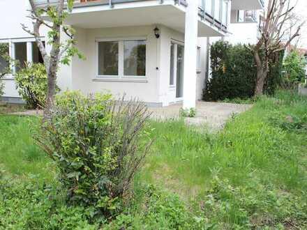 Ruhige 2 Zi.-EG-Whg. mit Terrasse, Garten u. TG-Stellplatz in Schönaich