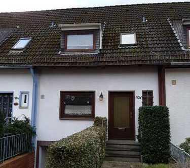 Gepflegtes Einfamilienreihenhaus in ruhiger Lage mit Terrasse, Garten und Garage in Alt-Osterholz