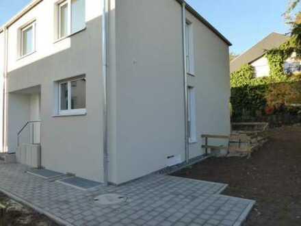DHH Neubau Gerlingen Bestlage Halbhöhe, 5 Zi., PKW Stellplatz