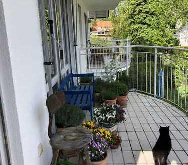 Waldtrudering , ruhige 2 Zimmer Wohnung mit großen Balkon