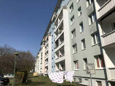 3 Raum Wohnung an der Stauffenbergallee, nähe Landesdirektion