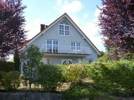 Vermietung: Doppelhaushälfte in Hettstadt