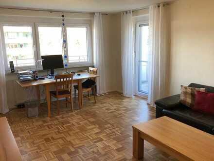 Schöne, geräumige Zweieinhalb-Zimmer Wohnung in Kempten (Allgäu), Steufzgen