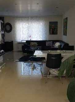 Stylisch möbiliertes Einfamilienhaus zur Miete