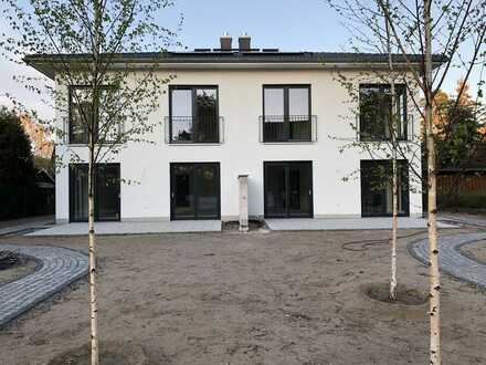 Erstbezug, geräumiges Haus mit fünf Zimmern in Oberhavel (Kreis), Oranienburg