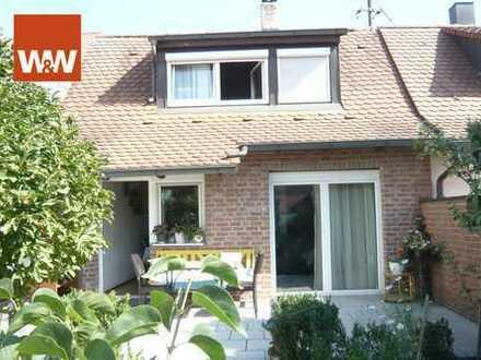 Alternative zur Wohnung: Kleine Doppelhaushälfte mit Garage und herrlichem Garten