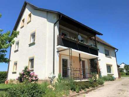 Gepflegtes, großzügiges Zweifamilienhaus mit Potential