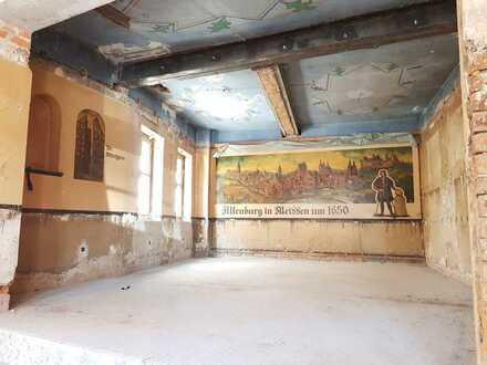 Großzügige Räume für Büro oder Praxis im Herzen von Altenburg - Teilung möglich