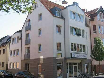Neustadt, schöne 2-Zimmer-Wohnung mit Parkett