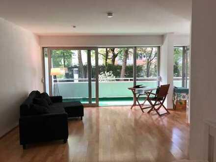Stilvolle, geräumige 1-Zimmer-Wohnung mit Balkon und EBK im Cosimapark mit Schwimmbad und Sauna