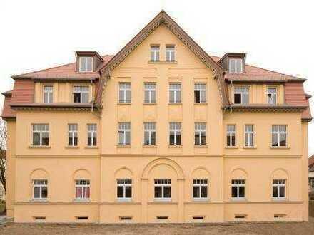 exklusive Wohnung mit Balkon und Gartenanteil im Energiesparhaus
