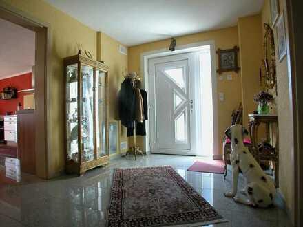 ++ Eine Doppelhaushälfte in Asperg, perfekt für die kleine Familie ++