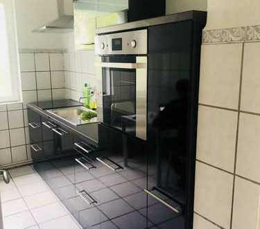Zwei WG-Zimmer in neu modernisierter, möblierter Wohnung im Herzen Kreuzbergs (TOP-Lage) verfügbar