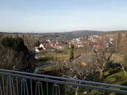 Schöne vier Zimmer Wohnung in Odenwaldkreis, Lützelbach