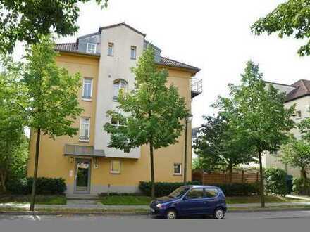 3 ZimmWhg (EG) mit eigenen Privatgarten im 4 Familienhaus,Südsonne,Marie-Hannemann5 Bezug 1.4.2020