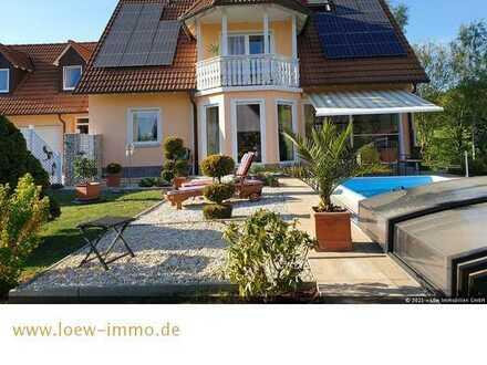 Provisionsfreies Traumhaus mit beheiztem Pool, Sauna und Kamin!