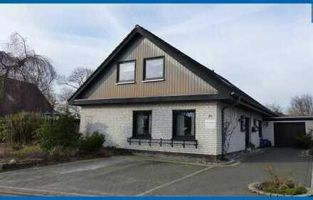 Pewsum: Einfamilienhaus in bevorzugter Wohnlage direkt am Pewsumer Tief!
