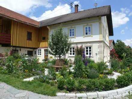 Denkmalgeschütztes Bauernhaus in Schwabniederhofen