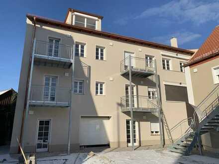 Erstbezug mit EBK und Balkon: 4-Zimmer-Maisonette-Wohnung in Roth