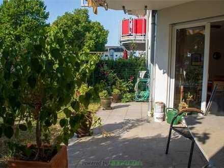 Eigener Garten, Terrasse und 3 ZKB: Wohlfühloase in ruhiger und zentraler Lage!