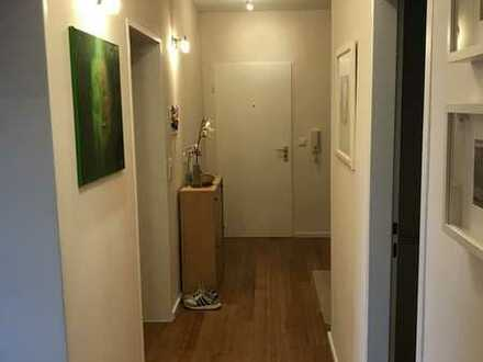 Vollständig renovierte 3-Zimmer-Wohnung mit Balkon und Einbauküche in Wildberg
