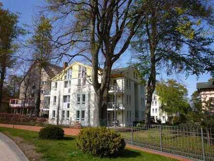 ***Sehr schöne Ferienwohnung auf einem wunderbarem Grundstück in 1 a Strandl. in Heringsdorf***