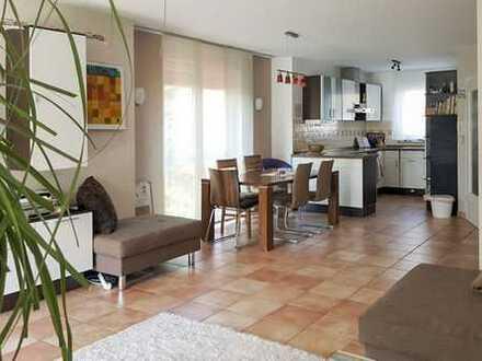 F-Rödelheim: Gemütliche Doppelhaushälfte mit 5 Zimmern, ruhig und zentral gelegen