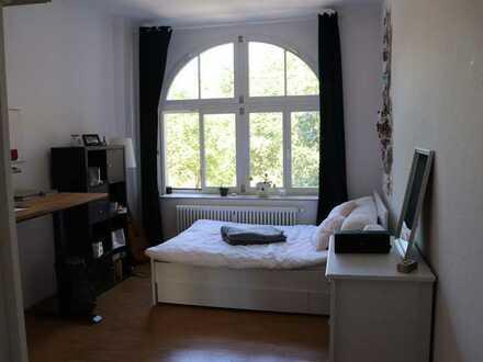 Helles Zimmer in 2er WG