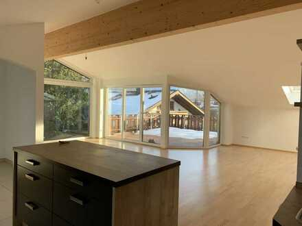 Wunderschöne Luxus- Dachgeschosswohnung in Murnau