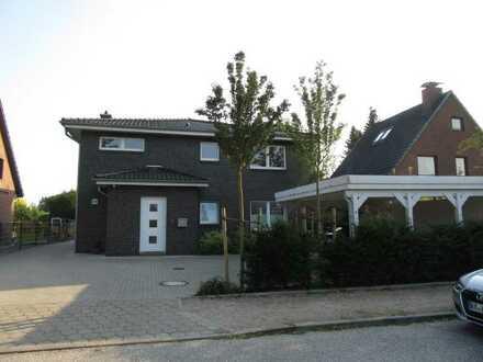 Traumhafte 3 Zimmer Dachgeschosswohnung in Hamburg-Lemsahl