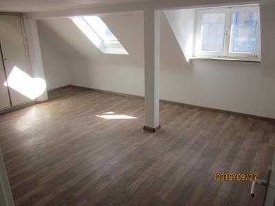 2 WG-Zimmer (450 u. 350 € jeweils), zentral und hell in Dreieich, Nähe Frankfurt a.M.