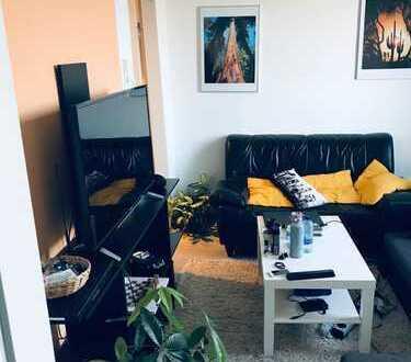 Nette 2 Zimmerwohnung mit einer neu renovierten Einbauküche