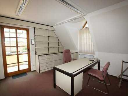 Praxis mit Appartement z.B. für Mitarbeiter - Eine Objekt von Ihrem Immobilienspezialisten SOWA I...