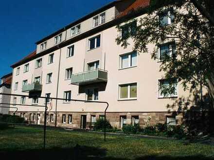 Großzügige 4-Zimmer-Wohnung mit festem Stellplatz