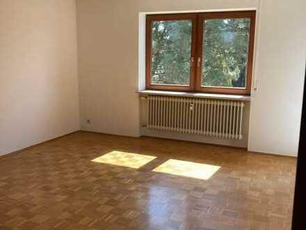 Gepflegte 2,5-Raum-Wohnung mit Balkon in Laupheim