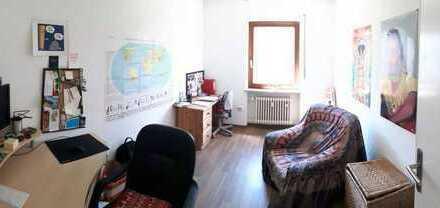 Sonnige, gemütliche 3 Zimmer Wohnung von Privat zu vermieten