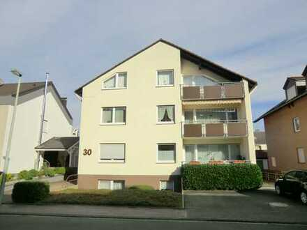 Gepflegte 2-Zimmer-Wohnung mit Balkon und Einbauküche in Bad Lippspringe