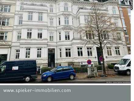 Repräsentative Altbauwohnung auf der Uhlenhorst mit Alsternähe