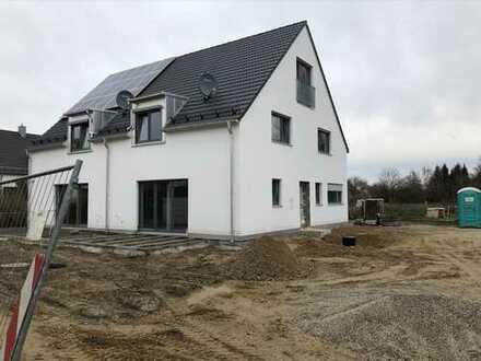 Schönes Haus mit sechs Zimmern in Freising (Kreis), Freising