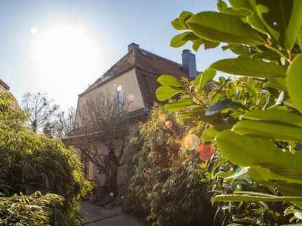 Top gepflegtes Landhaus in 1A-Lage von Dresden Rochwitz - 1481 m² Grundstück - einmaliger Fernblick