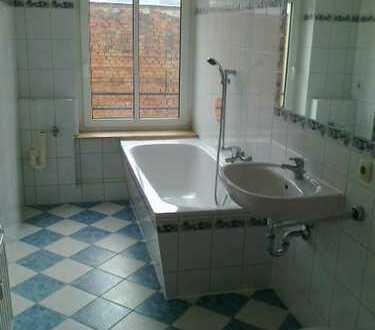 Plauen-City - 4 Zimmer-Wohnung mit Balkon!