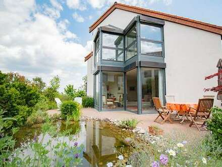Großartiges Einfamilienhaus mit Einliegerwohnung und wunderbarem Garten