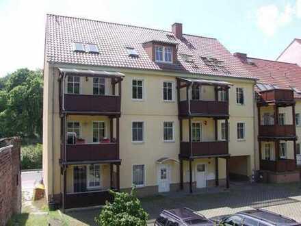 Dachgeschoss-Wohnung in ruhiger und zentraler Lage