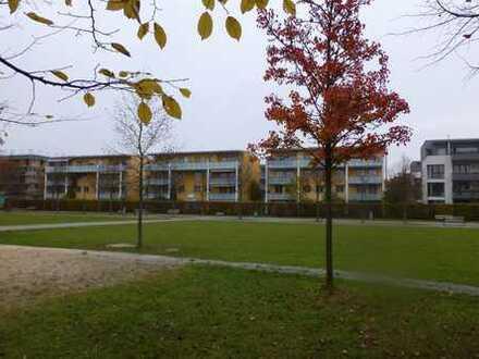Schöne 4 ZKB mit großem Balkon im Prinz-Karl-Viertel direkt am Park, ideal für München Pendler