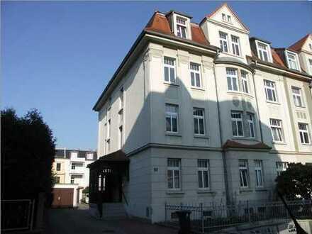 Günstige, sanierte 4-Zimmer-Hochparterre-Wohnung mit Balkon in Zittau