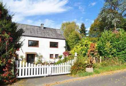 Großlittgen - OT: Gemütliche Doppelhaushälfte Nahe Wittlich, Garten, Garage