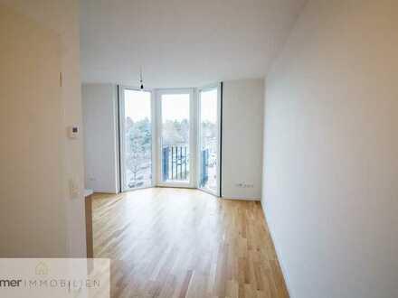 *Modernes City-Studio mit 30qm und Balkon*