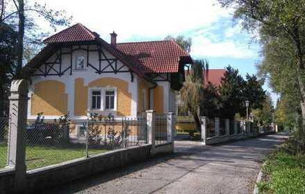4780 Schärding(Ö) bei 94162 Neuhaus am Inn: Wohnen und Arbeiten in toller Altbau-Villa